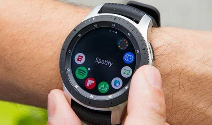 Samsung Galaxy Watch получит вращающийся ободок вокруг экрана, возможность снятия ЭКГ, а также измерения кровяного давления