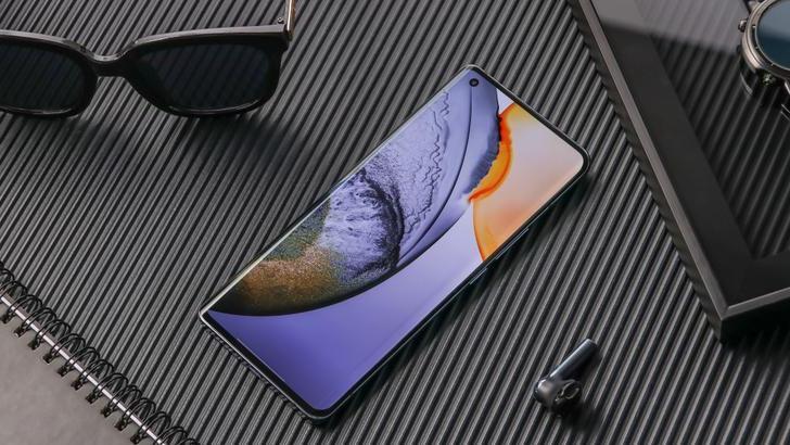 Vivo X50, Vivo X50 Pro и Vivo X50 Pro+. Три новых смартфона выше среднего и флагманского уровня официально представлены